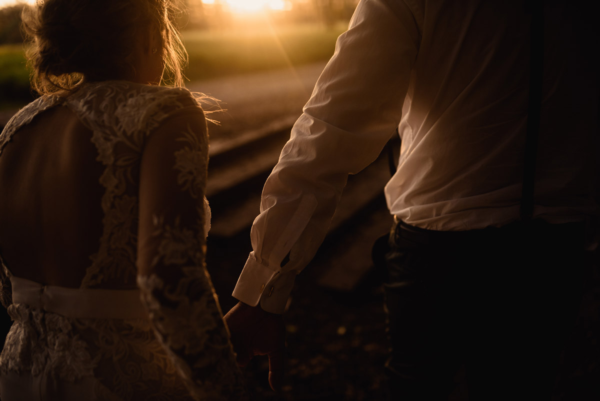 Golden hour wedding photography from New Zealand